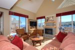 First Tracks Chalet - 3BR/3.5BA with amazing views and ski-in/out