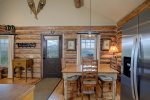 Alpine Escape - Cowboy Heaven Cabin - On Top of the World