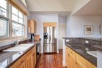 Stainless steel appliances - kitchen is loaded with all of your cooking needs