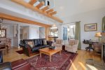 Winter wonderland - Saddle Ridge 4 BR/3.5BA End Unit on the slopes. Best Deal in Big Sky
