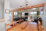 4 bedroom Saddle Ridge, slopeside end unit, step outside onto the slopes - hardwoods, flat screens, luxury galore