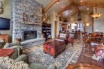 True Luxury in every direction ... views, elegance, Montana rustic feel, ski