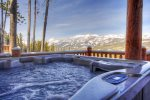 Ski-in/ski-out Cowboy Heaven Luxury Chalet/8 person hot tub/Best views.