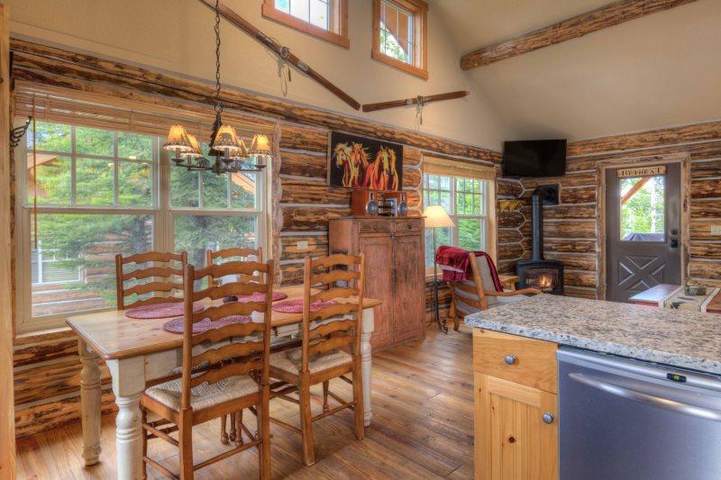 Montana Cabin Rentals Cowboy Heaven Big Sky Vrbo Big
