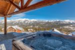 Amazing View of Hot Tub with 360 Degree skyline and Spanish Peaks mountain views