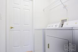 Full Sized Washer and Dryer for Guest use