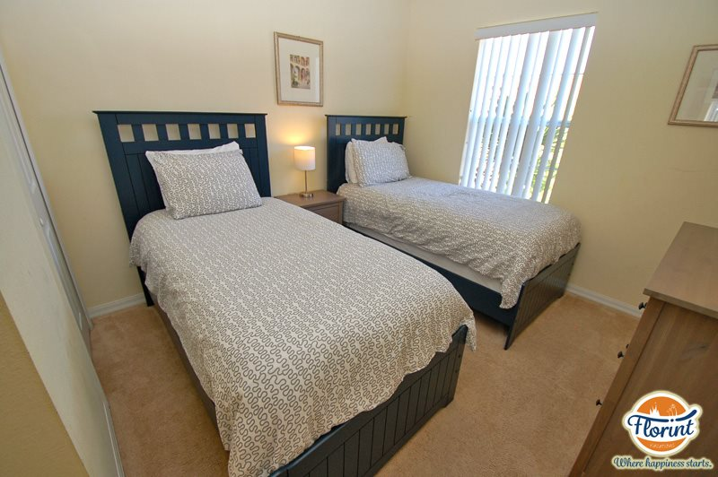 3 Bedroom Kissimmee vacation Townhouse with lots of extras, in the ...