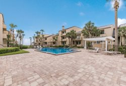 Gorgeous Ground floor Oceanfront condo...