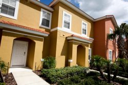 Luxury 4 Bedroom Townhome in a Resort Community Near Disney