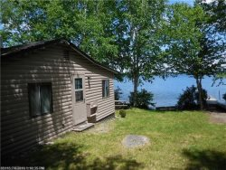 moosehead lake waterfront vacation rentals lakefront cabins for rent