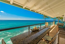 Perched above the ocean in 3BR Tropical Splendor! HUGE Seaside Lanai. Top Floor!  Air Conditioned. Sunsets, Turtles, Chill.