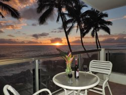 Oceanfront Hawaiiana style two bedroom condo