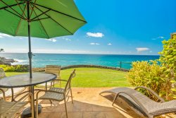 Oceanfront TownHome Upgraded 2 BR, 2.5BA Fully Air Conditioned