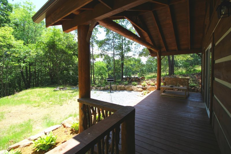 One Bedroom One Bath Log Home Near Bryson City And