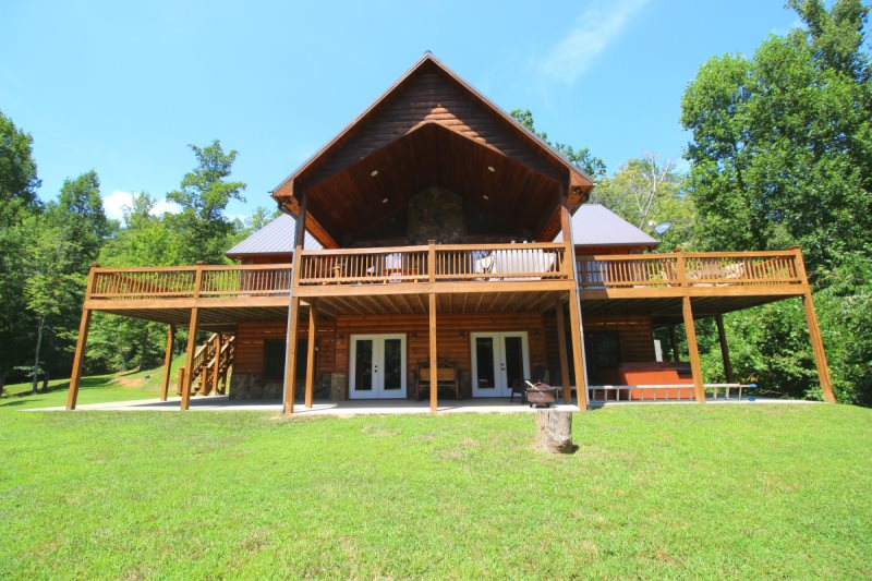 lodging rentals group nc in from city romantic near cabin western lodges choices bryson cabins to smoky mountain north