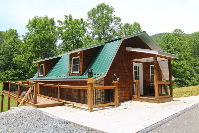 Creekside Two Bedroom Two Bath Log Home With Theater Room Hot Tub Fire Pit And Easy Paved Access Bryson City Nc