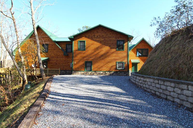 Luxury Lodge Near Cherokee Bryson City