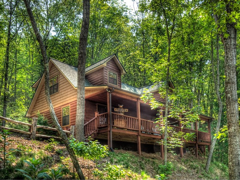 Family friendly cabin rental near cherokee nc Smoky mountain nc cabin rentals
