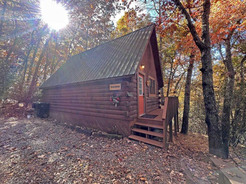 North Carolina Log Cabin Rental Near Nantahala River