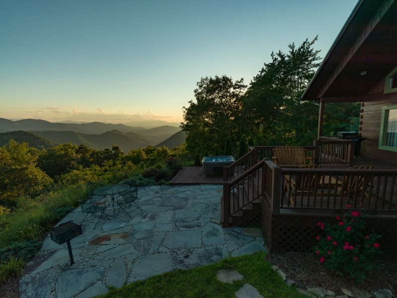 Luxury cabin in the smoky mountains near bryson city nc for Smoky mountain nc cabin rentals