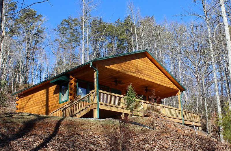 Luxury honeymoon log cabin rental near bryson city in for Cabin rentals near smoky mountains