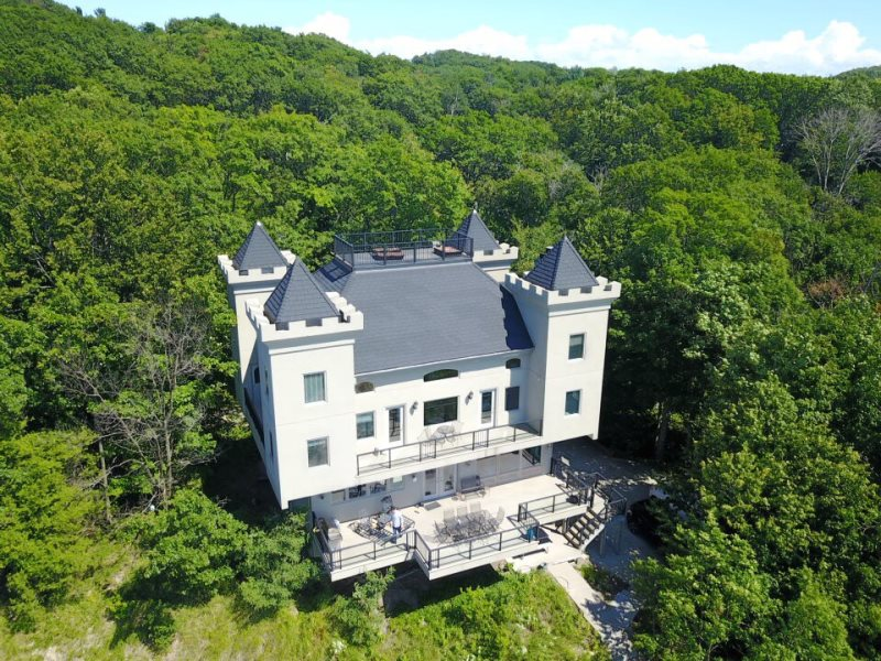 the castle silver lake vacation rentals rh lakem com lake michigan cabin rental lake michigan cottages for sale