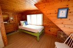 Bedroom 4 upstairs with 2 twin beds picture 2 of 3
