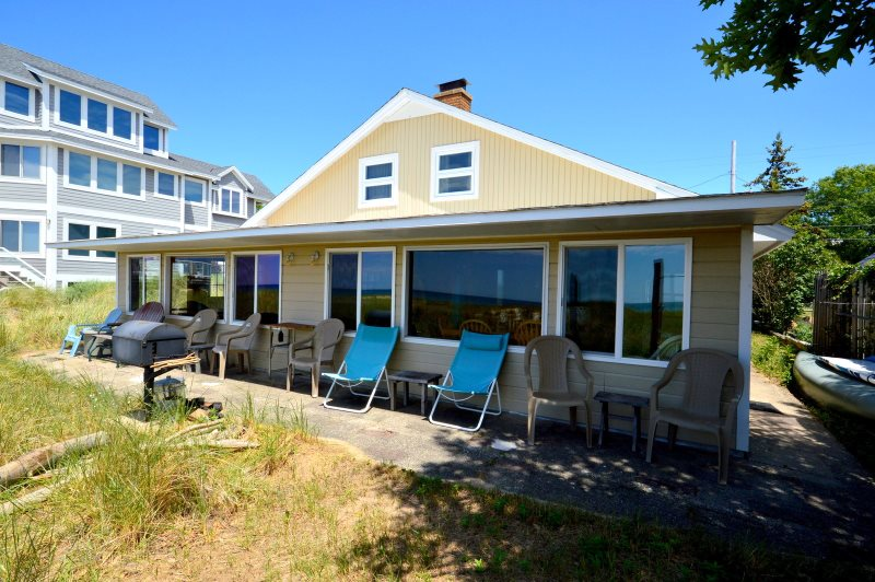 Serenity Right On The Beach Grand Haven Mi Vacation Rental