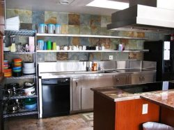 Pacific Villa - Street Level - Kitchen, commercial quality