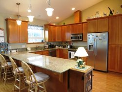 Ocean Dream - Large fully equipped Kitchen