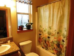 Ocean Dream - Bathroom 3 second floor- Tub shower combo