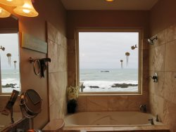 Ocean Dream - Master bath with Jetted Tub- Great View