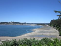 Ambers Point Of View - View of Beach and downtown Waldport