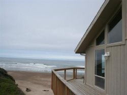 Annas Beach House - Deck View