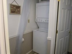 Cottage By The Sea - 1st Floor - Laundry Room
