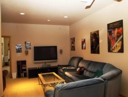 Ocean Way -  2nd Level - Entertainment Room - With Flat Screen TV