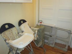 The Spindrift House - Upper Level - Baby Seat And Baby Gates