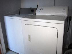 Sea Escape - Main Floor - Hallway Washer and Dryer