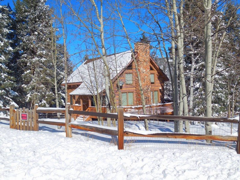 Timber Frame Log Cabin Home With View Of Pikes Peak In Secluded Forest Near Woodland  Park, Colorado, Sleeps 10 To 11 People With 3 Bedrooms And 3 Bathrooms, ...