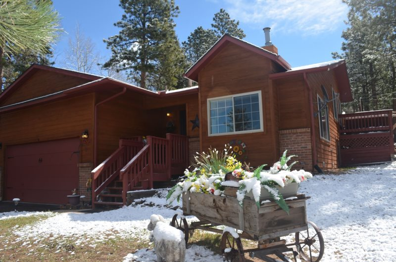 Sunflower Retreat W/Views Of Pikes Peak   Great For Large Families Sleeps 11