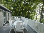 Eagles Nest features a spacious, sunlit deck with beautiful westerly views of Middle Bay