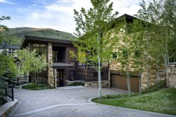 Best Luxury Home in Vail - Walk to Slopes!