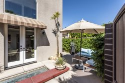 Central Palm Springs Getaway - Walk to downtown, Private patio and spa
