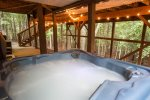 Hot tub located in private area...just you and the deer