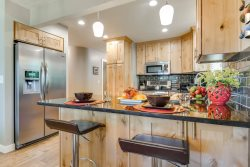 Ski Haven at Big Cottonwood, a Modern 3 Bedroom Cottonwood Heights Vacation Home