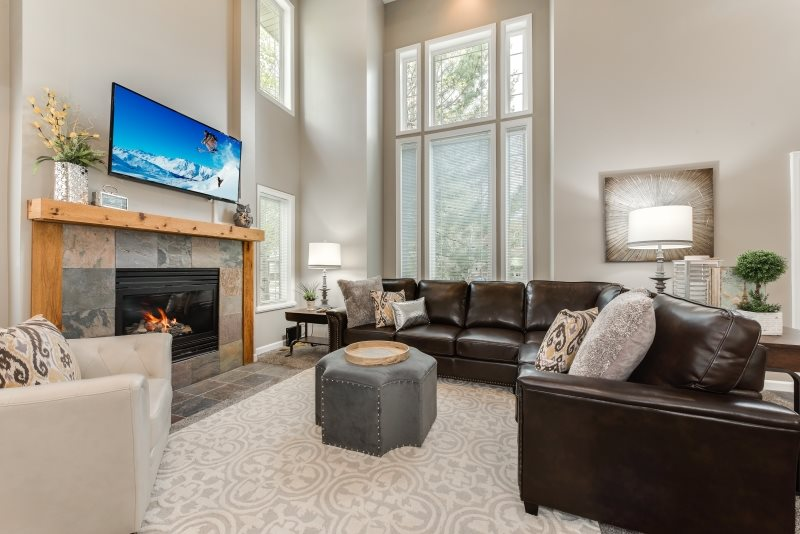 Union Woods Renovated Vacation Home at Cottonwood Village near Big Cottonwood Canyon \u0026 Ski Resorts & 3 Bedroom Perfect Ski Home! New Carpet Paint Furniture. The ...