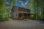 HOOKERS HIDEAWAY BLUE RIDGE CABIN RENTAL EXTERIOR