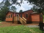 Wrens Nest Bungalow- Benton TN- Minutes to Western Ocoee Rafting Outfitters, hot tub, wifi and campfire pit