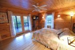 Dew Drop Inn- Queen Bedroom 2
