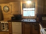 Duck`s Nest Retreat- Ocoee River Area-Kitchen